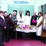 Foto ricordo della visita del vescovo