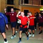Campo vietato, la Nuova Italpiombo si allena in piazza