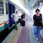 Treni-lumaca, pendolari in rivolta