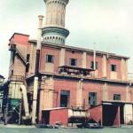 L'edificio che ospiterà l'esposizione è la vecchia stazione del trenino che trasportava il minerale di Montevecchio.