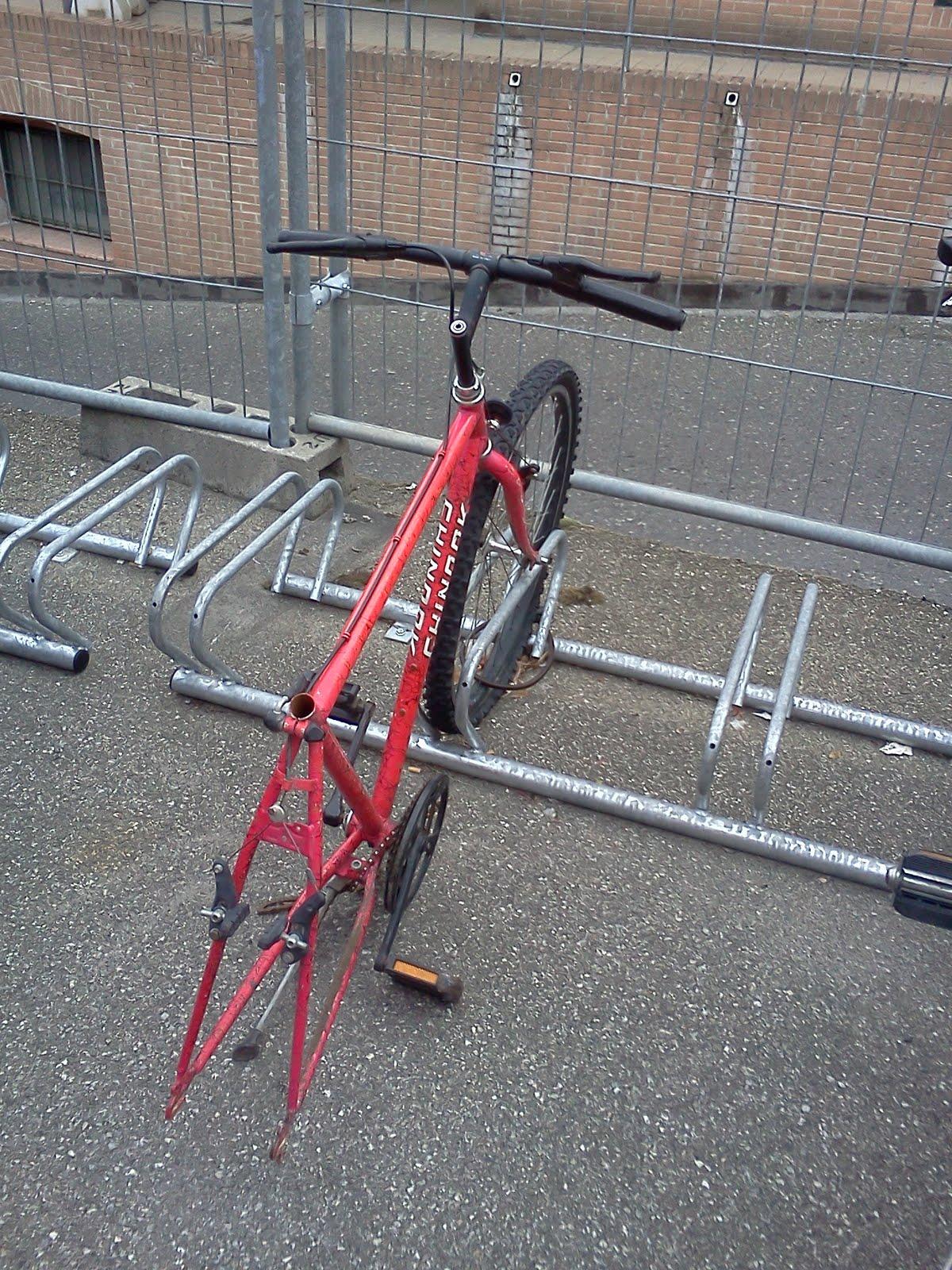 ladri di biciclette Dvd ladri di biciclette - the bicycle thief - non-usa format, pal, reg24 import - australia.