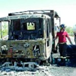 Camioncino in fiamme