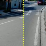 Via Roma: su un lato della strada c'è lo scivolo, sull'altro no.