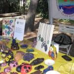 Esposizione di prodotti creativi realizzati a mano