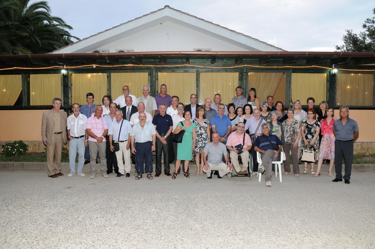 Foto di gruppo dei sessantenni (Foto Studio Altea)