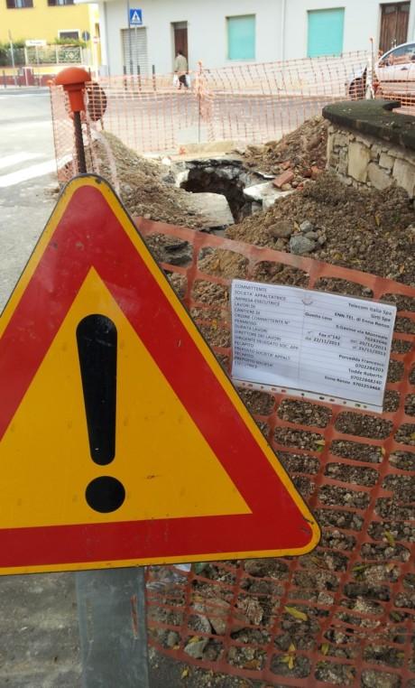 Disservizi telefonici: le foto del cantiere