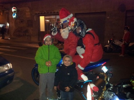 Babbo Natale in moto a Gonnos