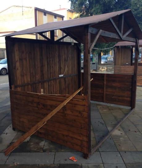 Casette di legno danneggiate