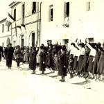 1935-36 - via Roma, il federale passa in rassegna