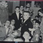 Marinello Pani il giorno della Prima Comunione - terzo bambino seduto da sinistra