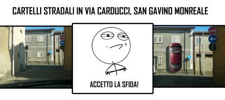 Cartelli pazzi in via Carducci