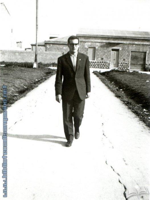 L'insegnante Flavio Mocci