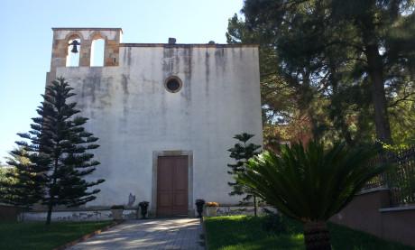 L'esterno della chiesa di San Gavino Martire