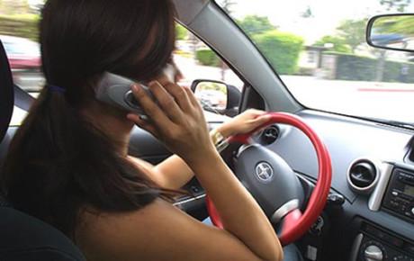 A lezione contro telefonino alla guida
