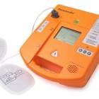 Scatta l'obbligo del defibrillatore