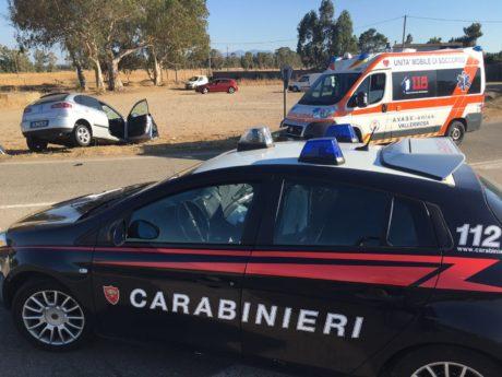 Incidente a S'Acqua Cotta, scontro tra auto e betoniera