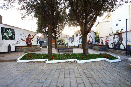 Riprendono i lavori artistici in Piazza Trento