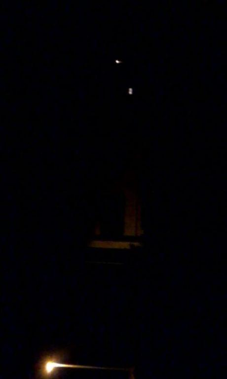 Via Einaudi, lampione spento