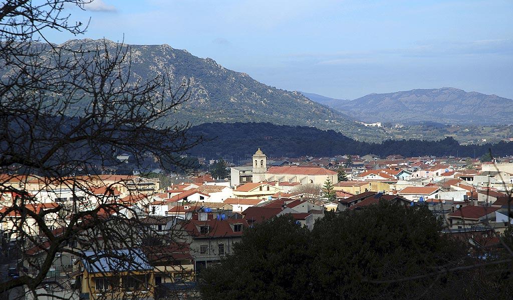 La Sardegna a Gonnosfanadiga per dire no al mega impianto termodinamico