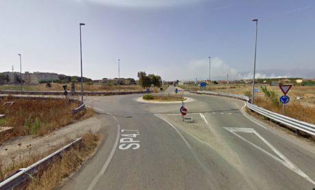 Rotonda di ingresso a via Pascoli