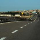 Anas: tra Sanluri e Serrenti innalzato a 110 km/h il limite di velocità sulla SS131