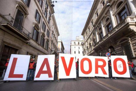 Sardegna, disoccupazione in calo: la ripresa si tinge di rosa
