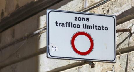 San Gavino Monreale, ZTL in via Caddeo e via Paganini