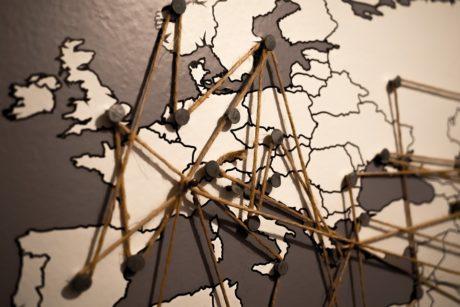 Internet: in arrivo la fibra ottica in molti comuni sardi