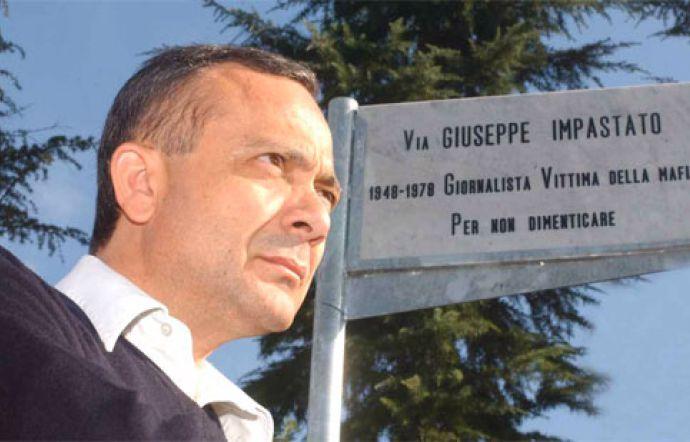 Giovanni Impastato in Sardegna: 12 tappe per parlare di Peppino, il fratello ucciso dalla mafia
