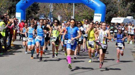 """19° Duathlon Sprint """"Città dello Zafferano – Memorial Alessandro Frau"""": grandi successi per la Fuel Triathlon"""