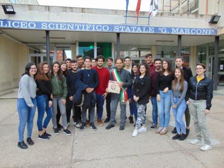 """Uspidali Now, gli studenti donano la """"prima pietra"""" per il Nuovo Ospedale di San Gavino"""