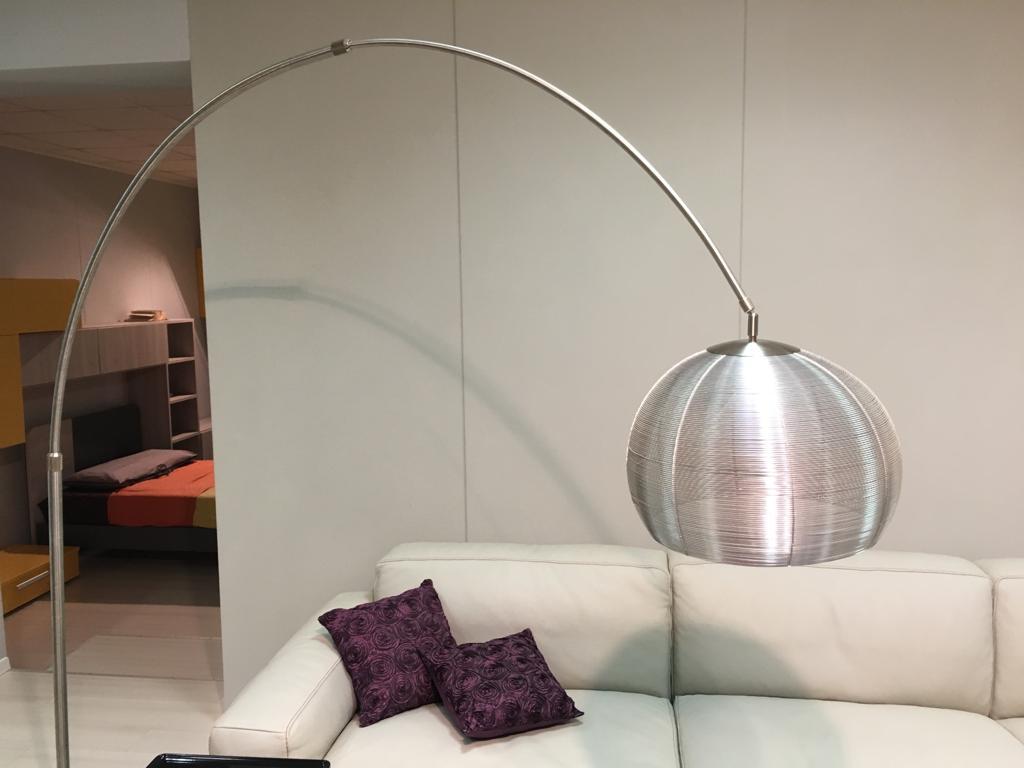 Una lampada di design in regalo, arriva il contest di Sanna Mobili