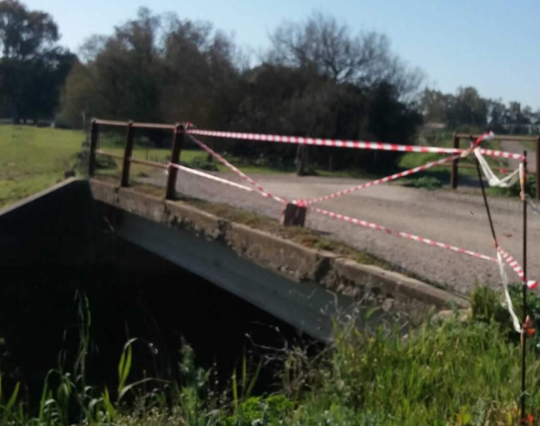 Cora Molas, un ponte pericoloso. Chi deve intervenire?