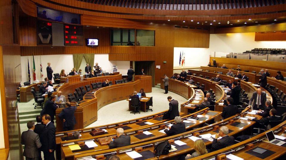 Zes, la Regione adegua il piano di sviluppo strategico per accelerare l'istituzione della zona economica speciale